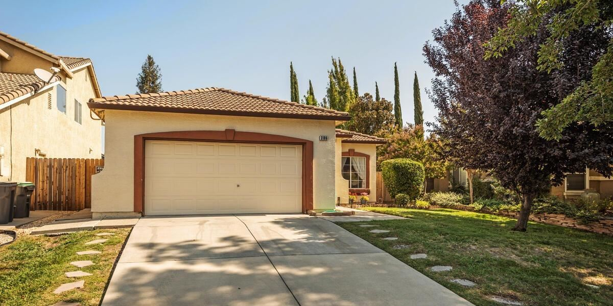 Photo of 3186 Saginaw Street, West Sacramento, CA 95691 (MLS # 221115798)