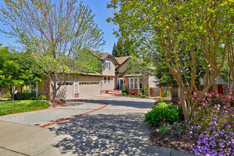 Photo of 4625 Dorchester Lane, Granite Bay, CA 95746 (MLS # 221035815)