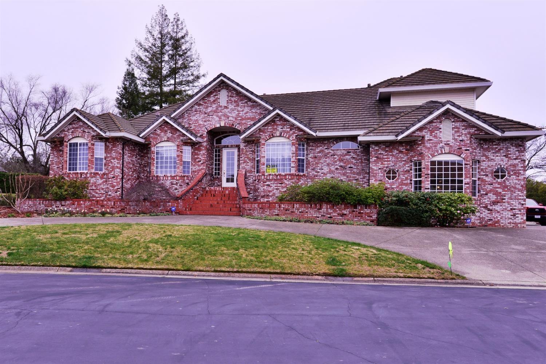 Photo of 8700 Casa Del Rio Lane, Fair Oaks, CA 95628 (MLS # 20078821)