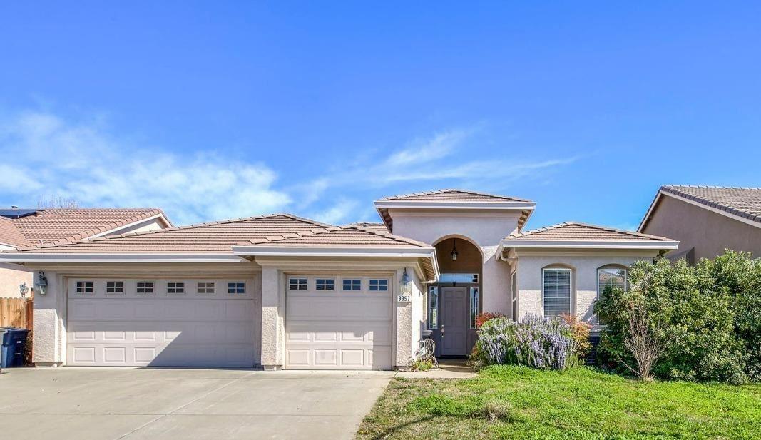 Photo of 3357 Oselot Way, Rancho Cordova, CA 95670 (MLS # 221012826)