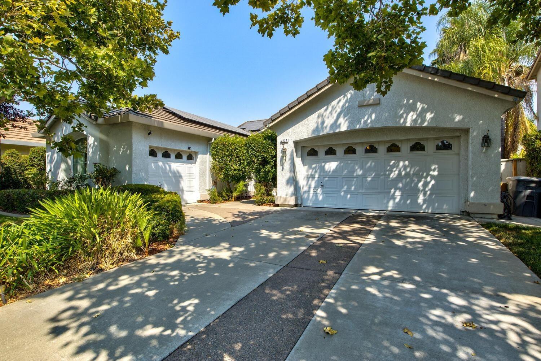 2327 Babson Drive, Elk Grove, CA 95758 - MLS#: 221108839