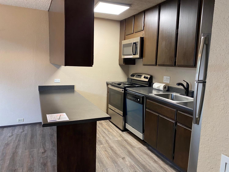 2292 Woodside Lane #4, Sacramento, CA 95825 - MLS#: 221039844