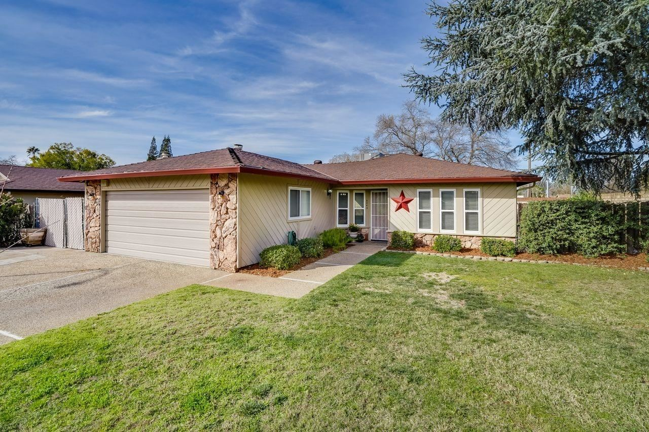 Photo of 5049 Raleigh Way, Carmichael, CA 95608 (MLS # 221009846)