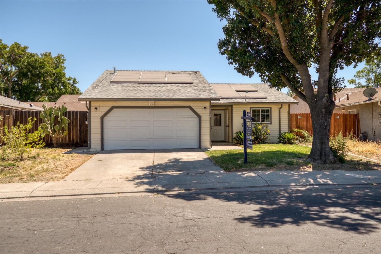 Photo of 1004 Wilma Drive, Modesto, CA 95351 (MLS # 221064846)