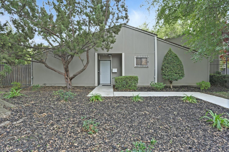 1570 Newborough Drive, Sacramento, CA 95833 - MLS#: 221134849