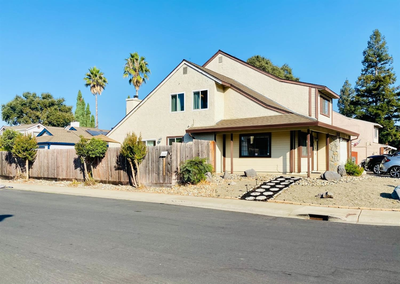 Photo of 9579 Dunkerrin Way, Elk Grove, CA 95758 (MLS # 20056851)