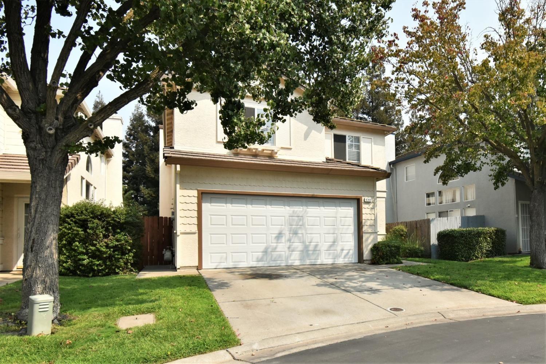 Photo of 8749 White Cedar Lane, Elk Grove, CA 95758 (MLS # 20056853)