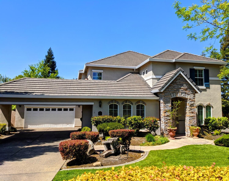 Photo of 360 Allenwood Court, Granite Bay, CA 95746 (MLS # 221016864)