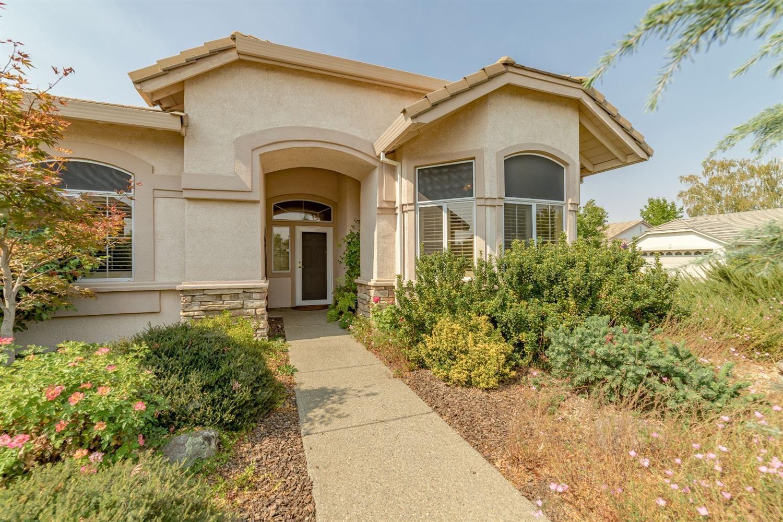 Photo of 5048 Dreamgarden Loop, Roseville, CA 95747 (MLS # 221117874)