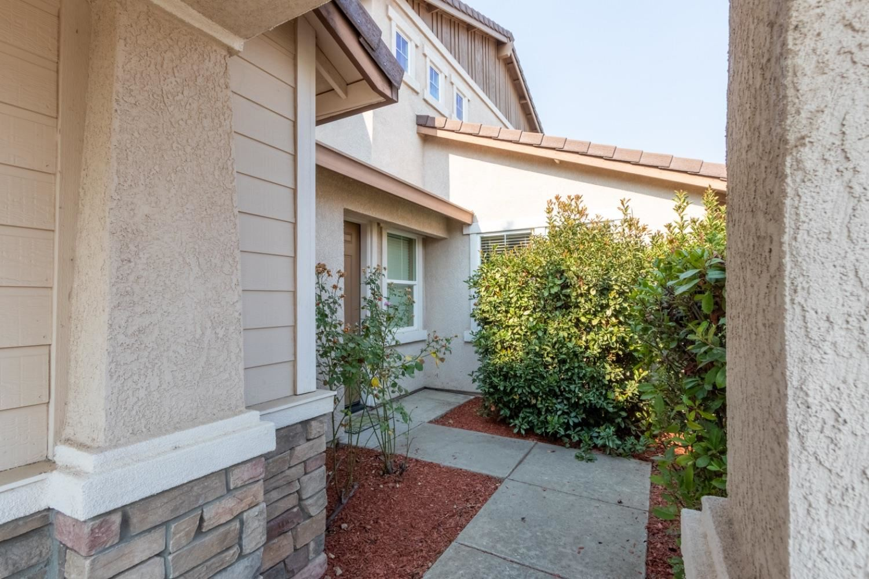 Photo of 1072 Cornerstone Drive, Folsom, CA 95630 (MLS # 20060883)