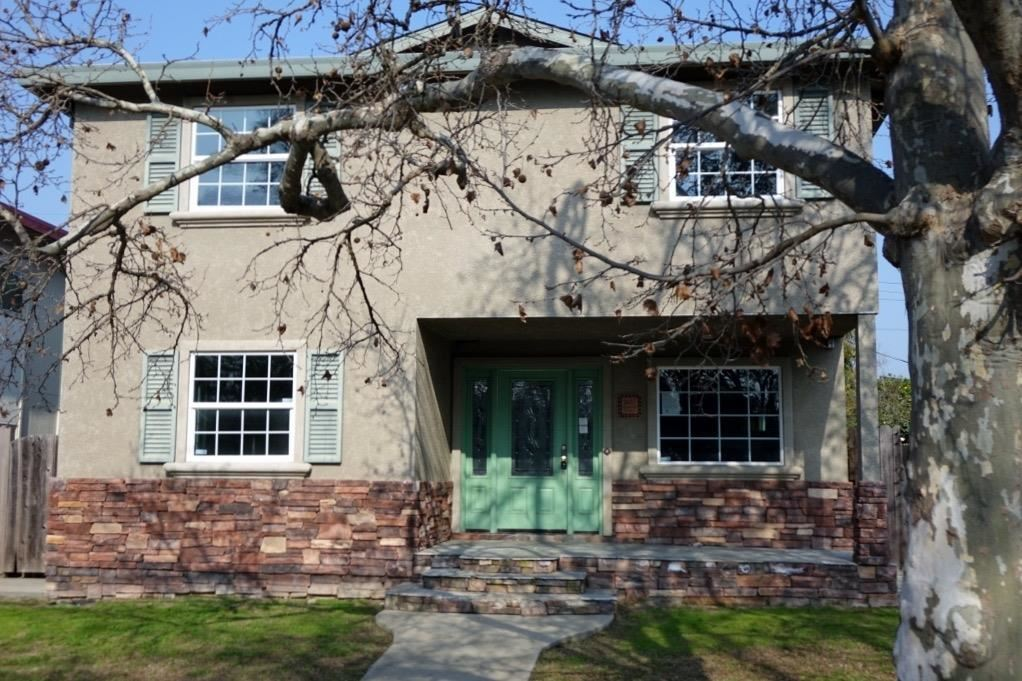 2657 2nd Avenue, Sacramento, CA 95818 - #: 221048883