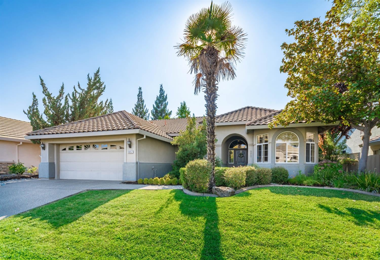 Photo of 5057 Frontier Lane, Roseville, CA 95747 (MLS # 221117889)