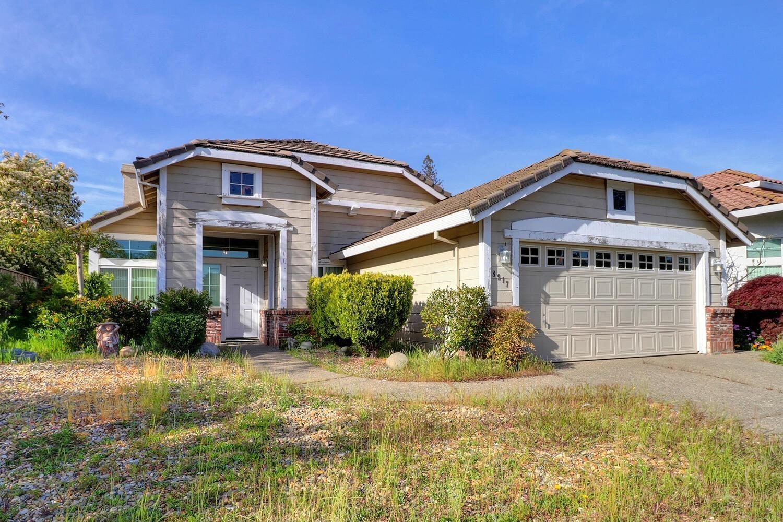 Photo of 8917 Cedarvillage Drive, Fair Oaks, CA 95628 (MLS # 221032893)