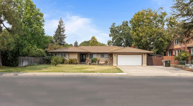 6388 Riverside Boulevard, Sacramento, CA 95831 - MLS#: 221105896