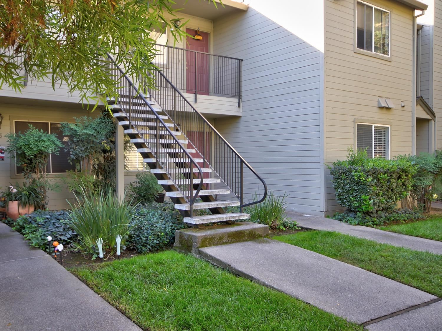 Photo of 9123 Newhall Drive #46, Sacramento, CA 95826 (MLS # 20062899)