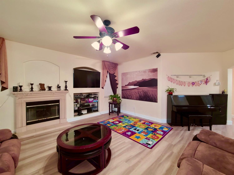Photo of 9486 Stone Springs Drive, Elk Grove, CA 95624 (MLS # 221115904)