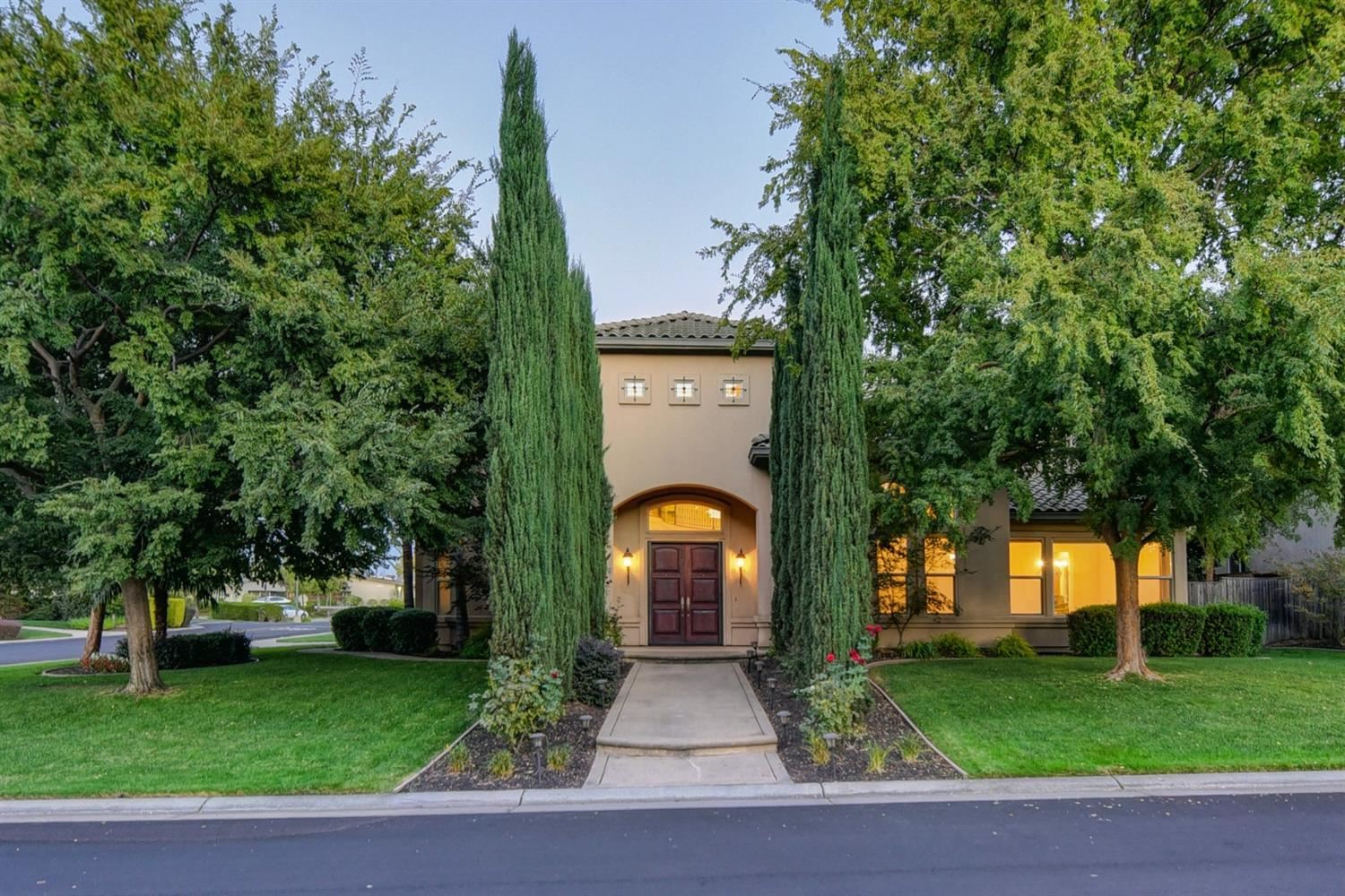 Photo of 8450 Spruce Meadow Lane, Granite Bay, CA 95746 (MLS # 20063907)