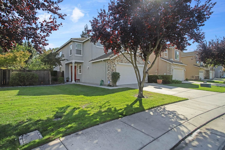 Photo of 3149 English Oak Circle, Stockton, CA 95209 (MLS # 221132907)