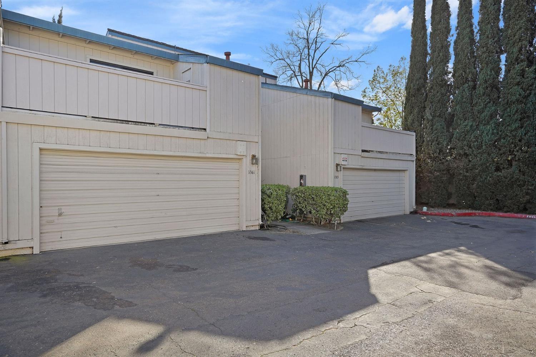 Photo of 1361 Hood Road, Sacramento, CA 95825 (MLS # 221014908)