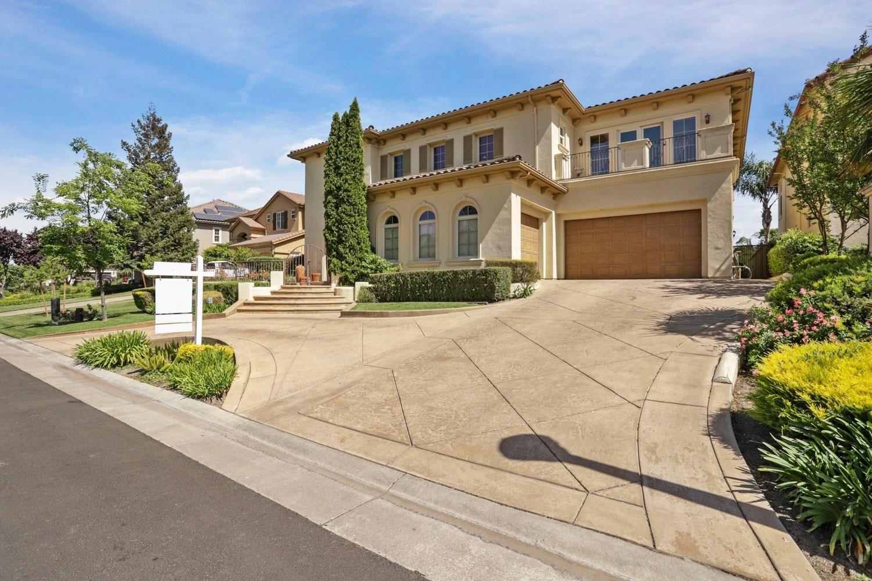 Photo of 5330 Saint Andrews Drive, Stockton, CA 95219 (MLS # 221048909)