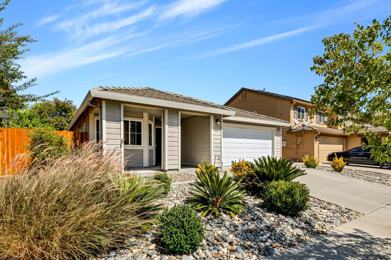 Photo of 3800 Graham Island Road, West Sacramento, CA 95691 (MLS # 221094911)