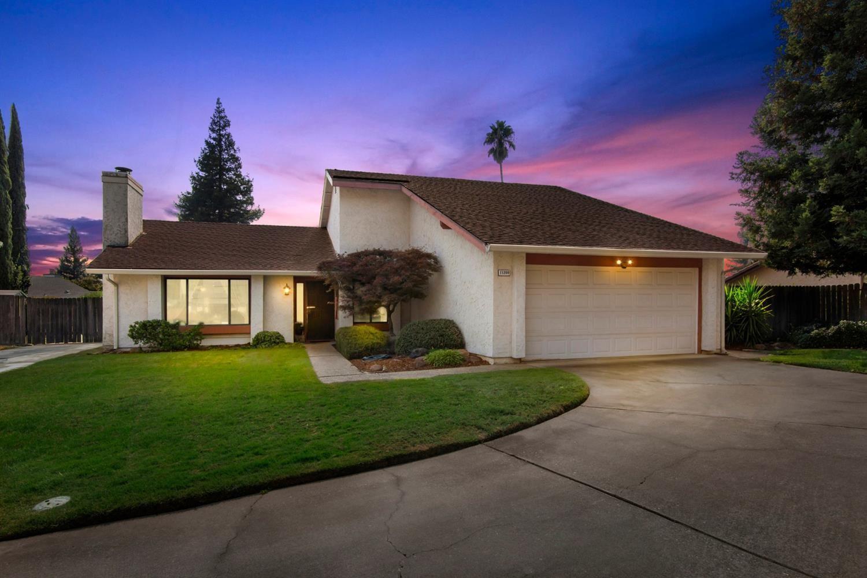 Photo of 11200 Cedar River Court, Rancho Cordova, CA 95670 (MLS # 221116914)