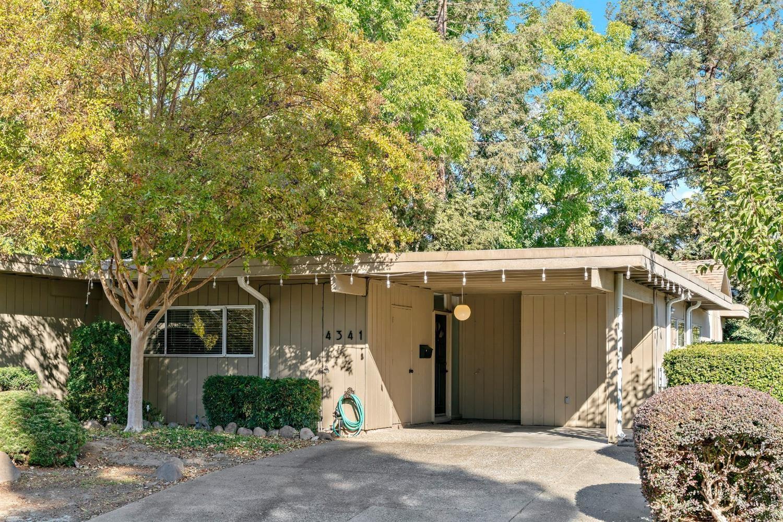 Photo of 4341 Zephyr Way, Sacramento, CA 95821 (MLS # 221094916)