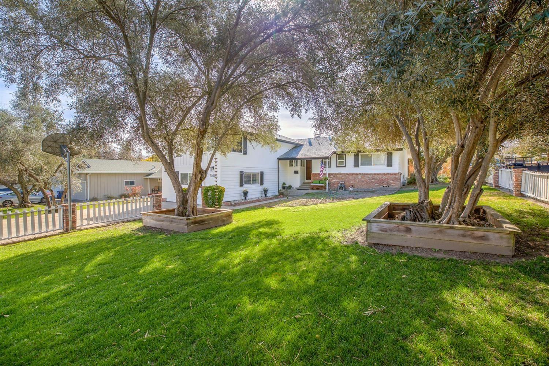 Photo of 7160 Gail Way, Fair Oaks, CA 95628 (MLS # 221008920)