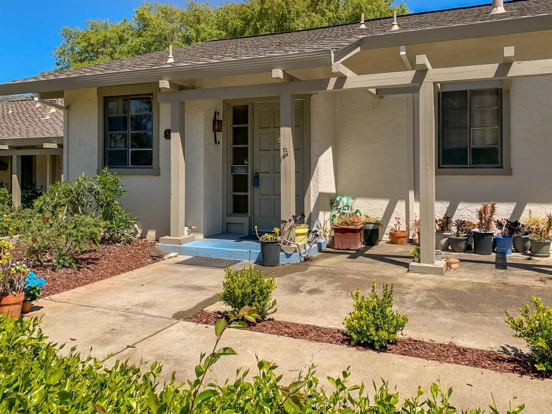 Photo of 5563 Cribari Circle, San Jose, CA 95135 (MLS # 221012923)