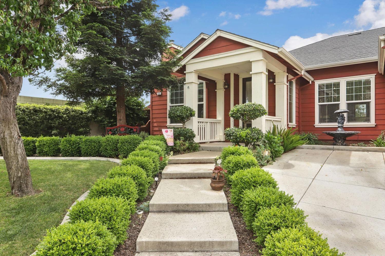 Photo of 1387 Remington Court, Tracy, CA 95377 (MLS # 221131934)