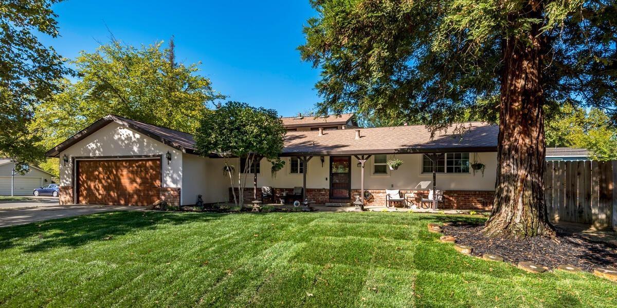 Photo of 8801 Piedra Way, Fair Oaks, CA 95628 (MLS # 221007939)