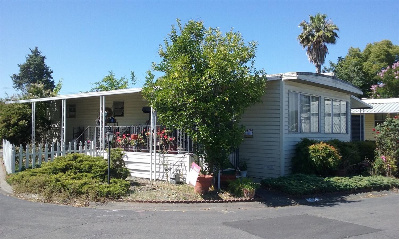 7472 Heliotrope Lane, Sacramento, CA 95828 - MLS#: 221098949