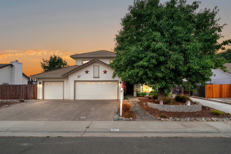 352 Emerald Oak Drive, Galt, CA 95632 - MLS#: 221111953
