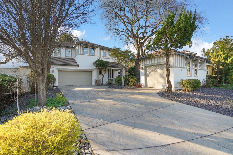 Photo of 560 Westlake Drive, West Sacramento, CA 95605 (MLS # 221006954)