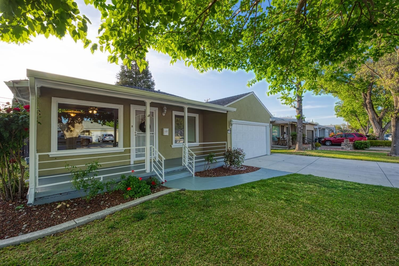 Photo of 1211 Coolidge Avenue, Tracy, CA 95376 (MLS # 221037963)
