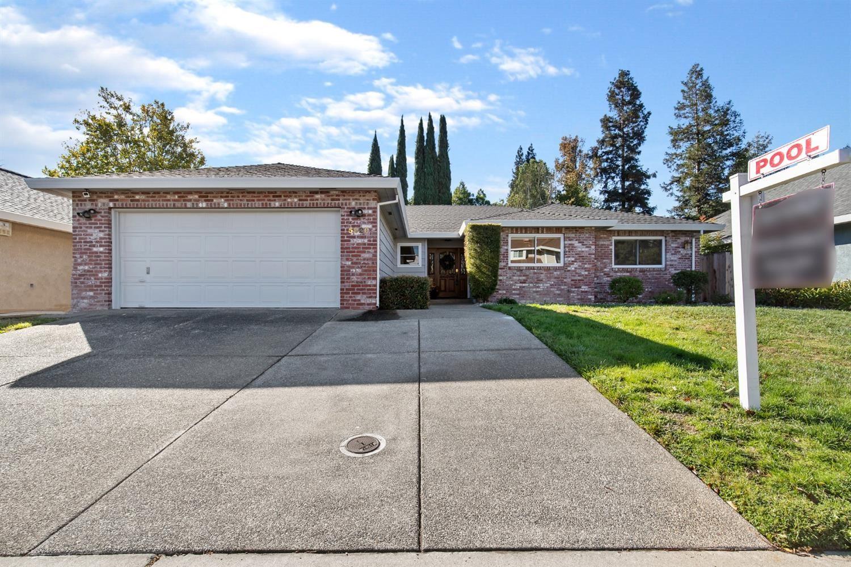 5820 Laguna Valley Way, Elk Grove, CA 95758 - MLS#: 221133964