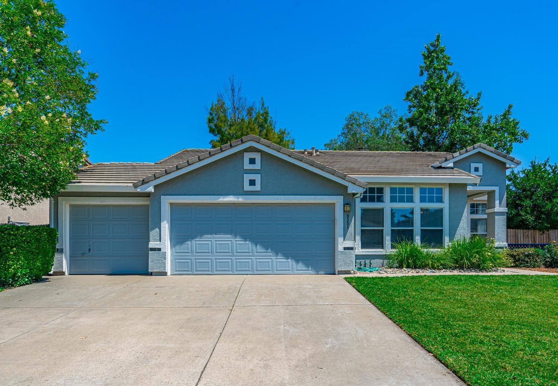 9351 Crowell Drive, Elk Grove, CA 95624 - MLS#: 221069965
