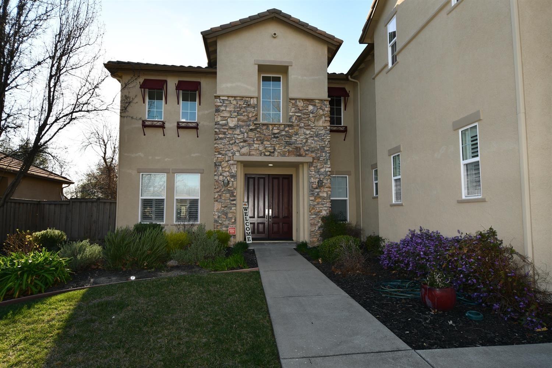 Photo of 9233 Eagle Springs, Roseville, CA 95747 (MLS # 221009968)