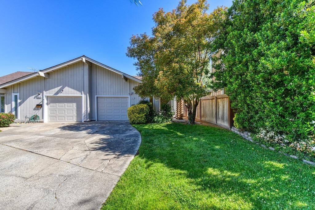 Photo of 4521 Baron Avenue, Sacramento, CA 95821 (MLS # 221008969)