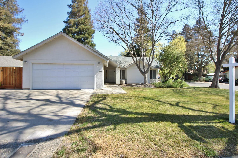 3612 Colonial Drive, Modesto, CA 95356 - MLS#: 221116975