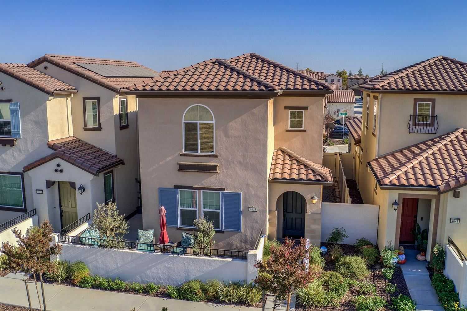 Photo of 4033 Gunnar Drive, Roseville, CA 95747 (MLS # 20063980)