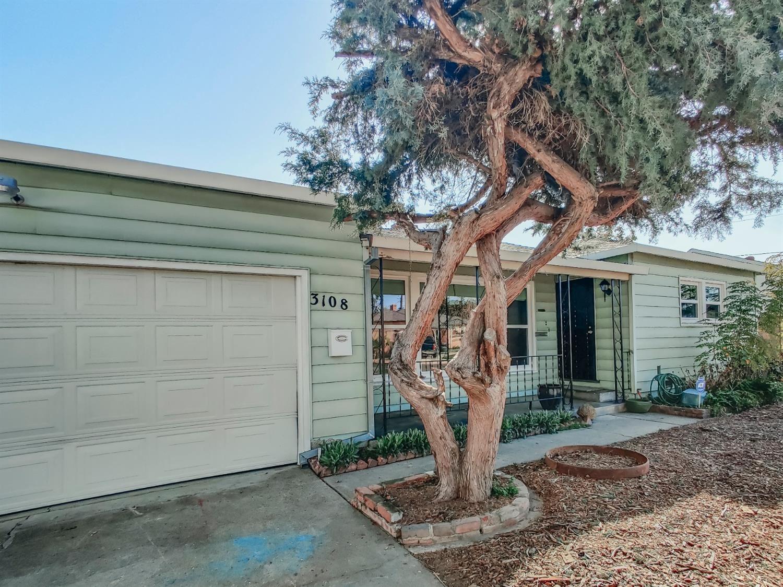 Photo of 3108 Merrywood Drive, Sacramento, CA 95825 (MLS # 221014990)
