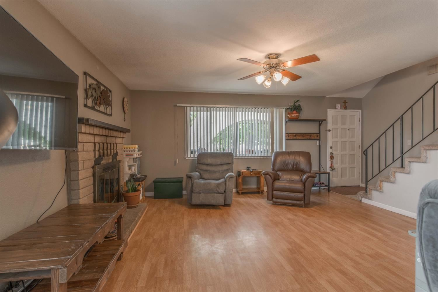 Photo of 7500 Daly Avenue, Citrus Heights, CA 95621 (MLS # 221116992)