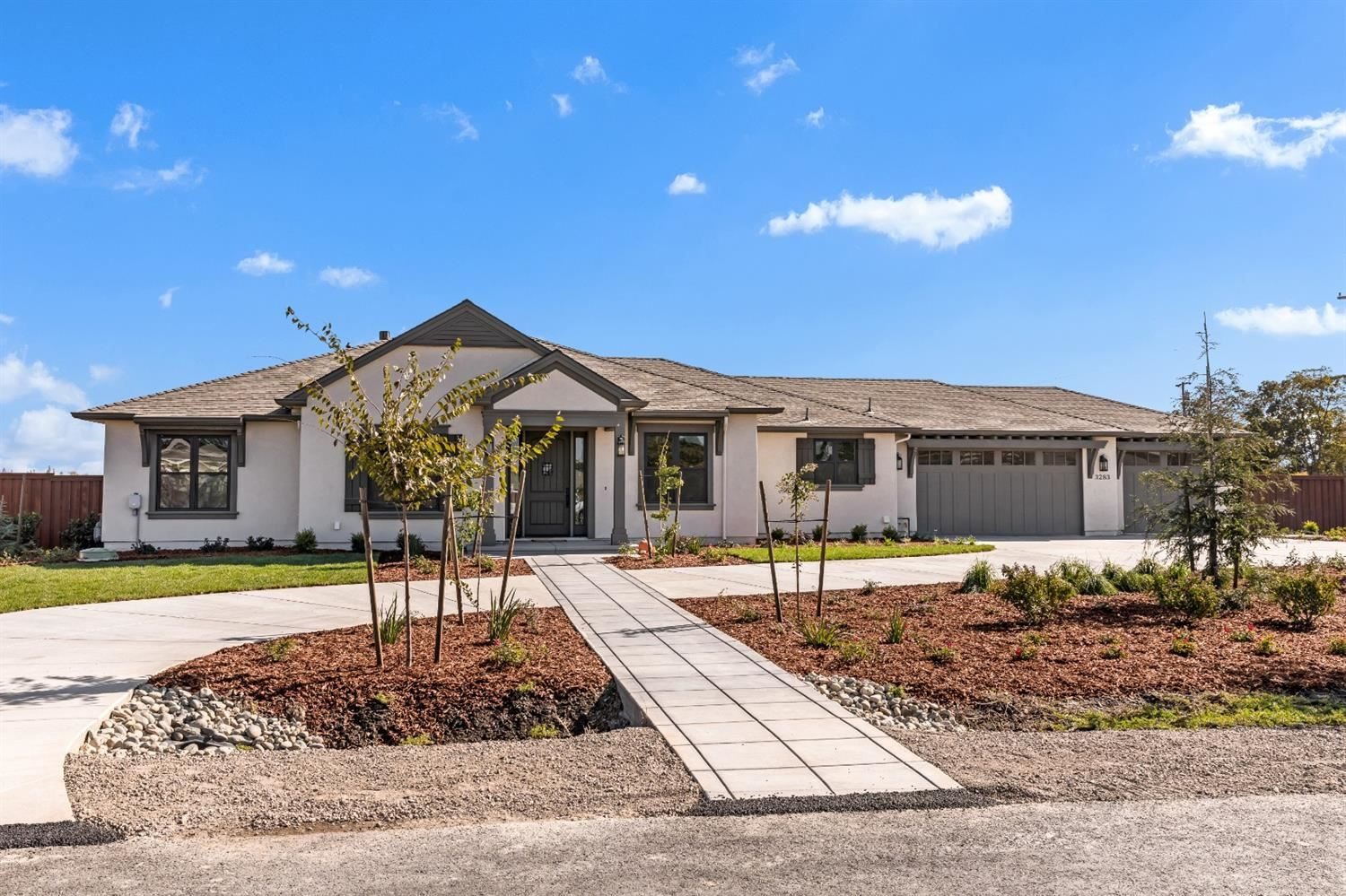Photo of 3283 Gabri Court, West Sacramento, CA 95691 (MLS # 20059994)