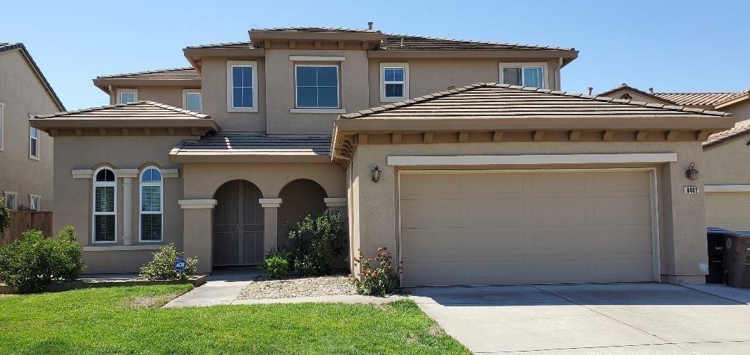 Photo of 8402 Dandelion Drive, Elk Grove, CA 95624 (MLS # 20056998)