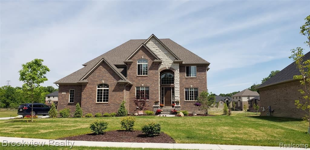 3662 LAKE FOREST DR, Sterling Heights, MI 48314- - #: 40086807