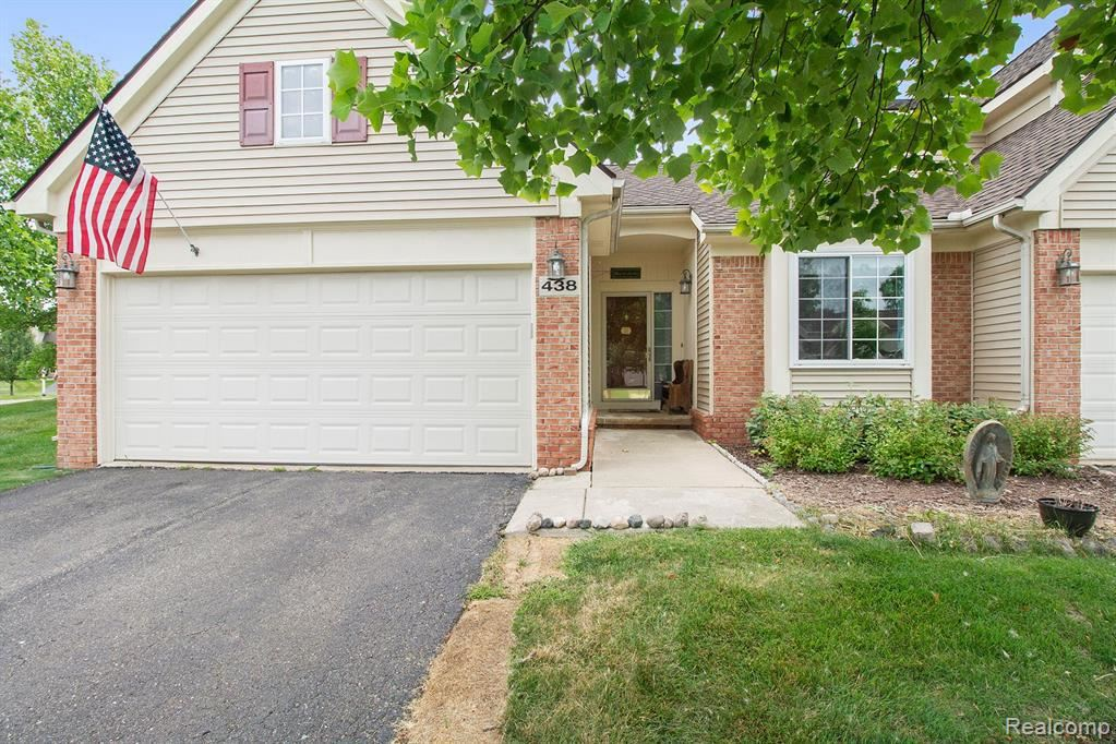 438 LILLY VIEW CRT, Howell, MI 48843-6517 - #: 40085828