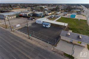 Photo of 1520 S Chadbourne St, San Angelo, TX 76903 (MLS # 97026)