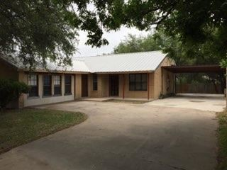 Photo of 921 E Second St, Sonora, TX 76950 (MLS # 98043)