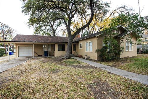 Photo of 1104 Ave B, Ozona, TX 76943 (MLS # 103069)